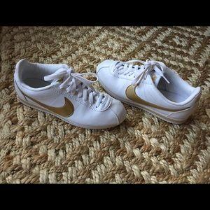 Nike Cortez Classics